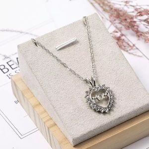 "New Love ""Mom Fully Crystal Heart Pendant Necklace"
